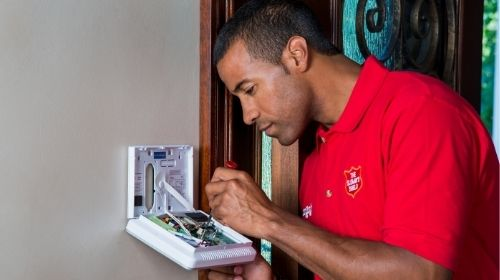 slomins installer working on security panel